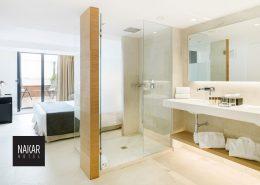 hotel-palma-nakar-jacuzzi-room-3