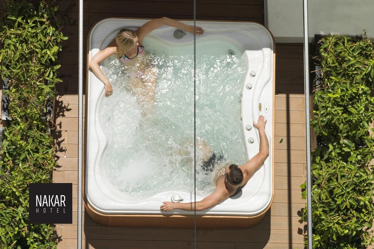 hotel-palma-nakar-jacuzzi-room-6