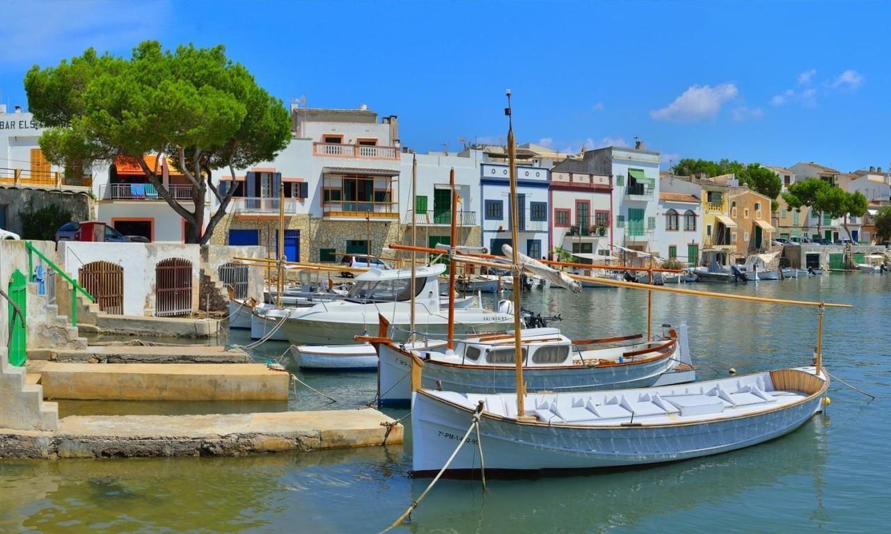 portocolom-best-towns-mallorca-hotel-nakar
