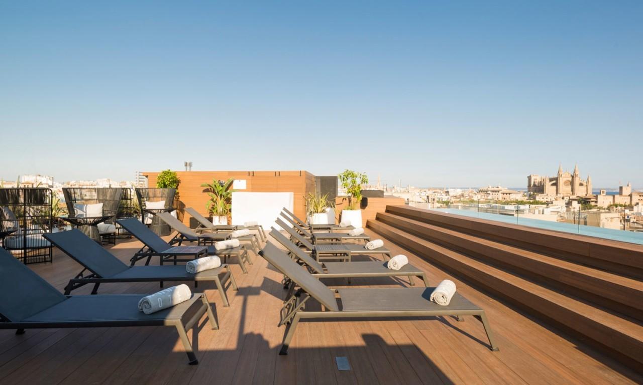 nakar-hotel-palma-rooftop