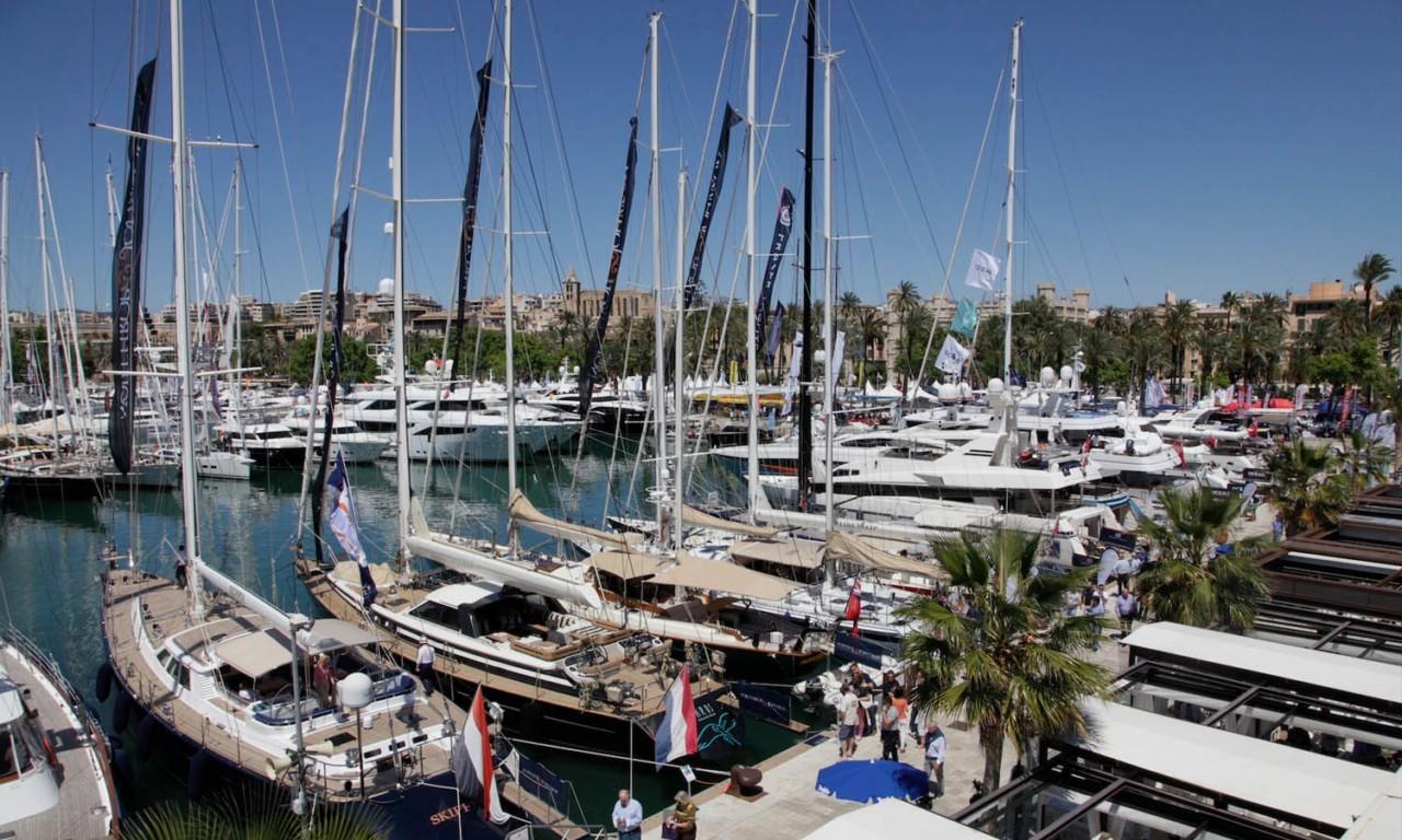 boat show palma nakar hotel