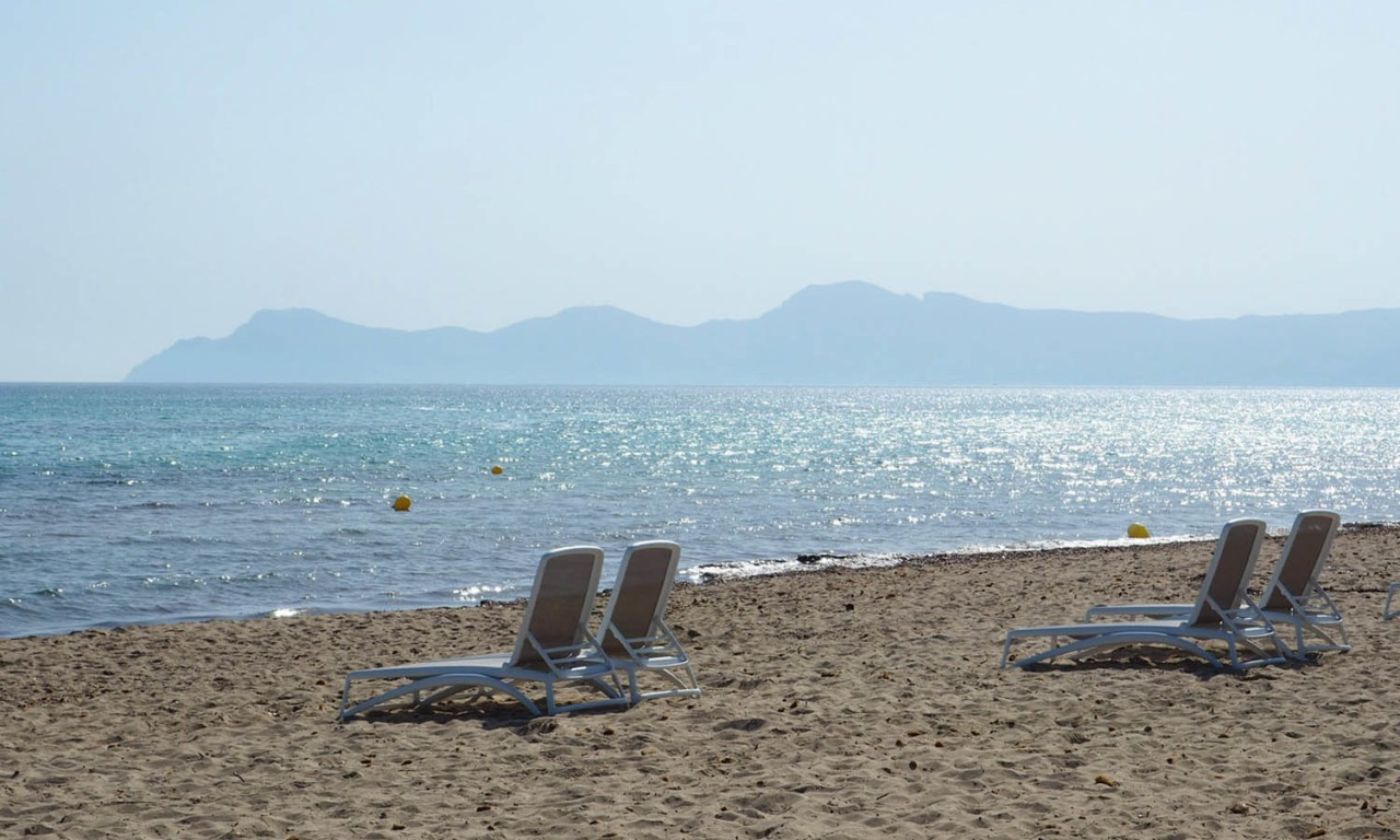 best beaches north mallorca playa de muro nakar hotel palma