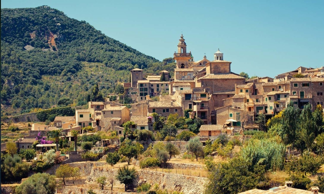 Nakar Hotel Mallorca day trip valldemossa