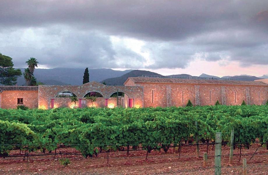 Nakar May Musts wine tasting macia batle Mallorca